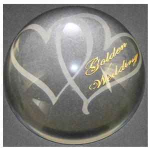 X69250 Glass P. Weight Hearts Golden Anniversary
