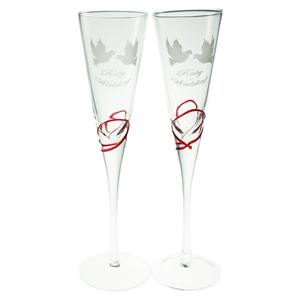 Set 2 Glass Champagne Flutes Ruby Anniversary Design